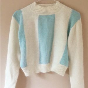 Sweaters - 💙 Soft AF cropped sweater 💙